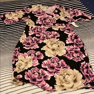 NWT- Catherine's Short Sleeve Floral Dress